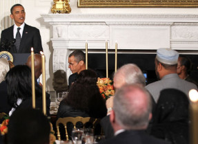 Obama Humiliates Muslim Guests at White House Ramadan Event